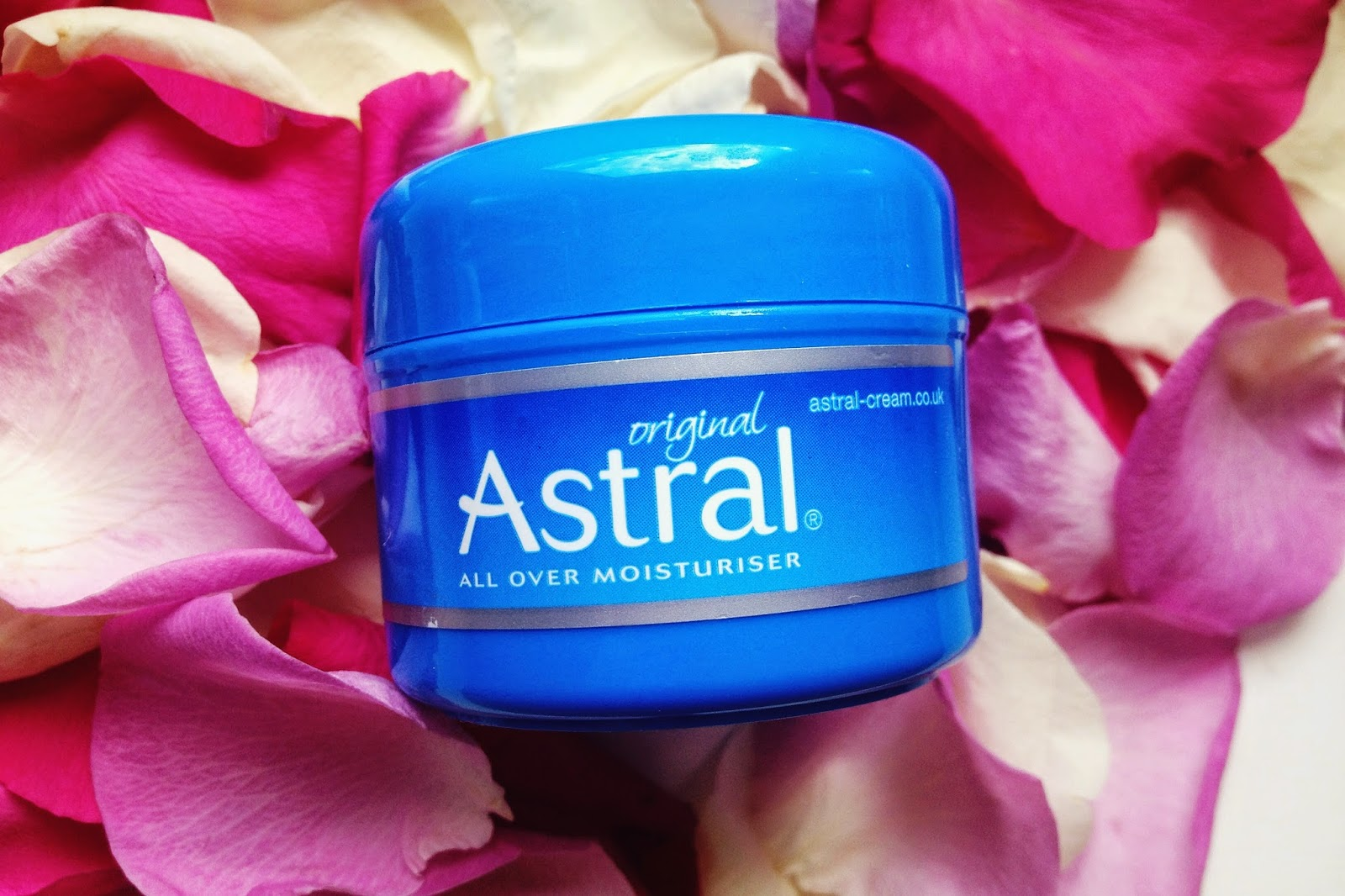 Astral cream review, beauty blog