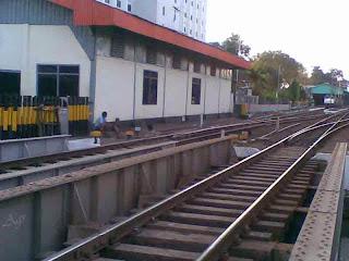 Shalat di Stasiun