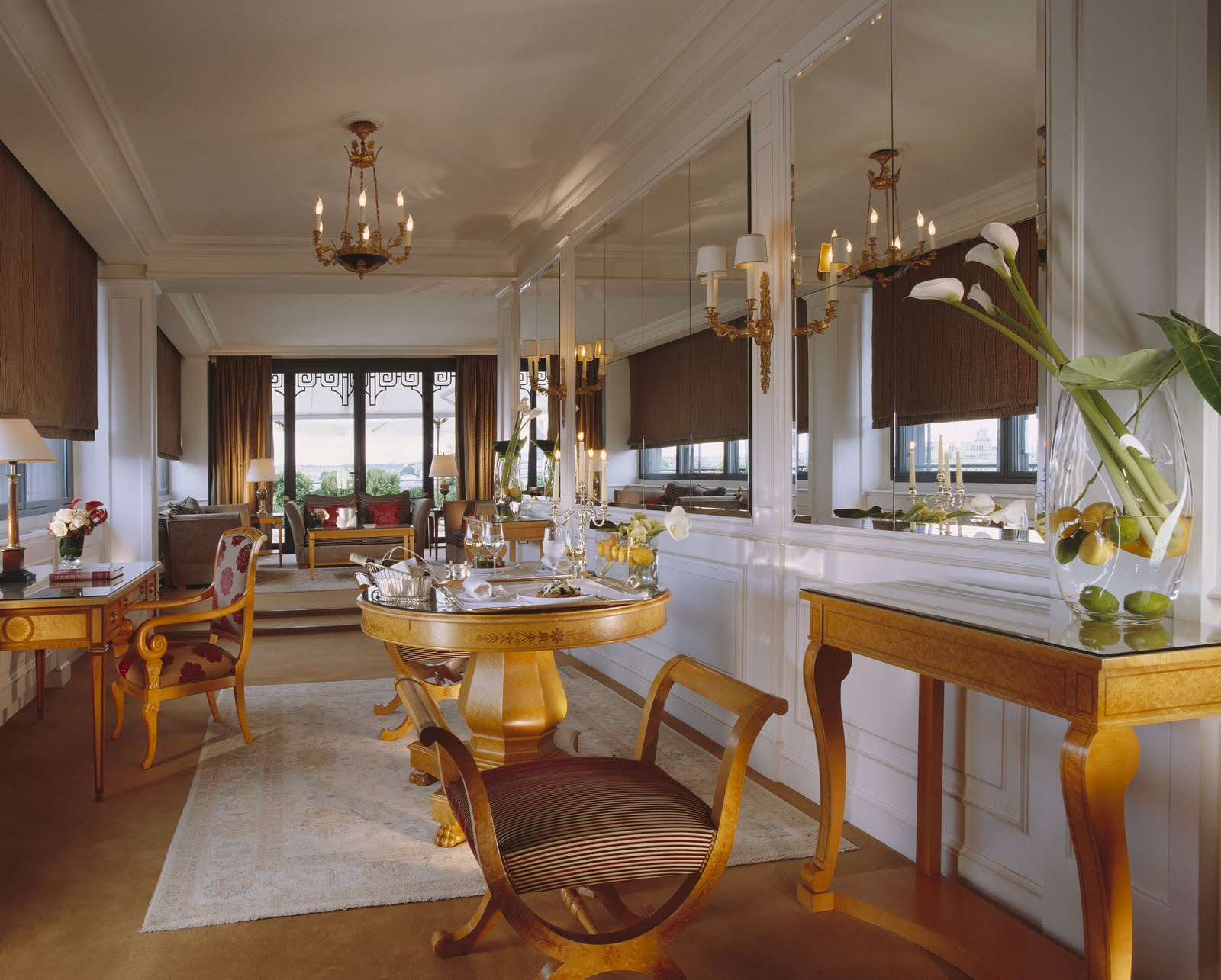 Hotel Le Baldaquin Paris