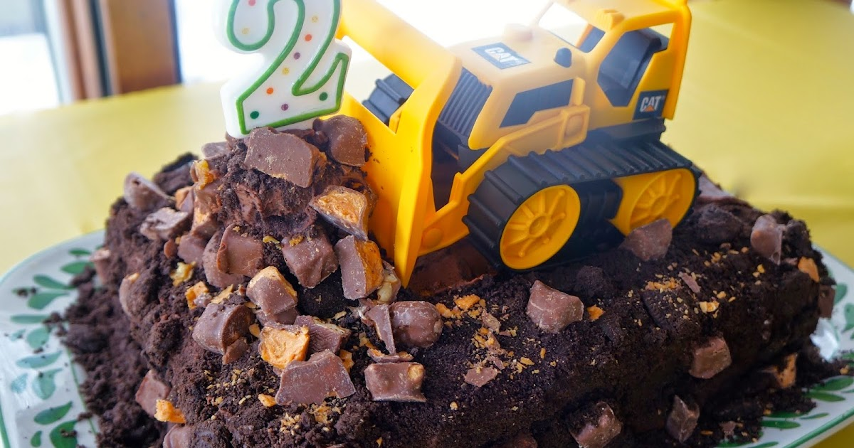 Hardly Housewives A Bulldozer Cake For Two Year Old Will