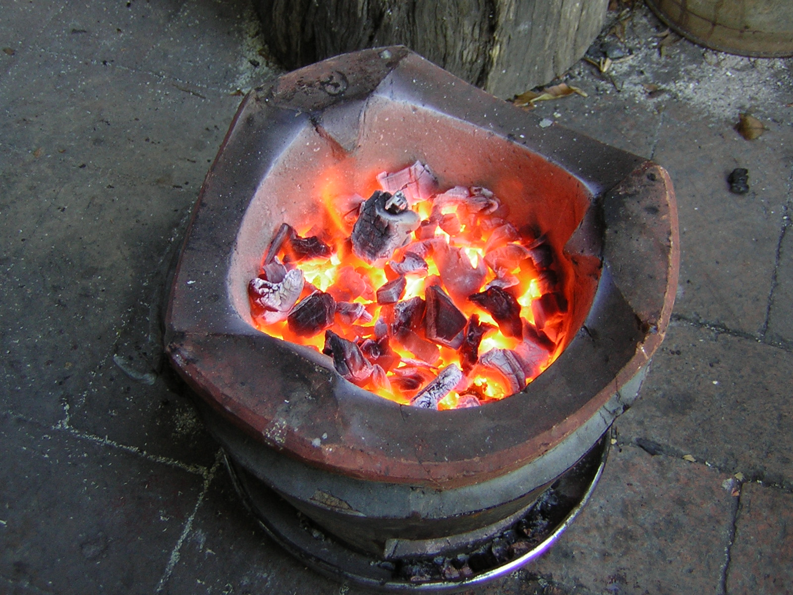 Bruce Teakle S Pages Cooking On A Thai Charcoal Stove