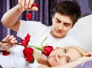 حيل سحرية لزيادة الرومانسية فى الحياة الزوجية - married life romance