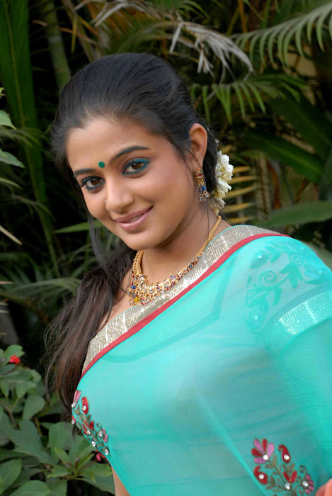 kannad movie lakshmi priyamani photo gallery