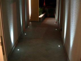 Attrezzature estetica validi consigli su come illuminare gli ambienti - Faretti a pavimento per interni ...
