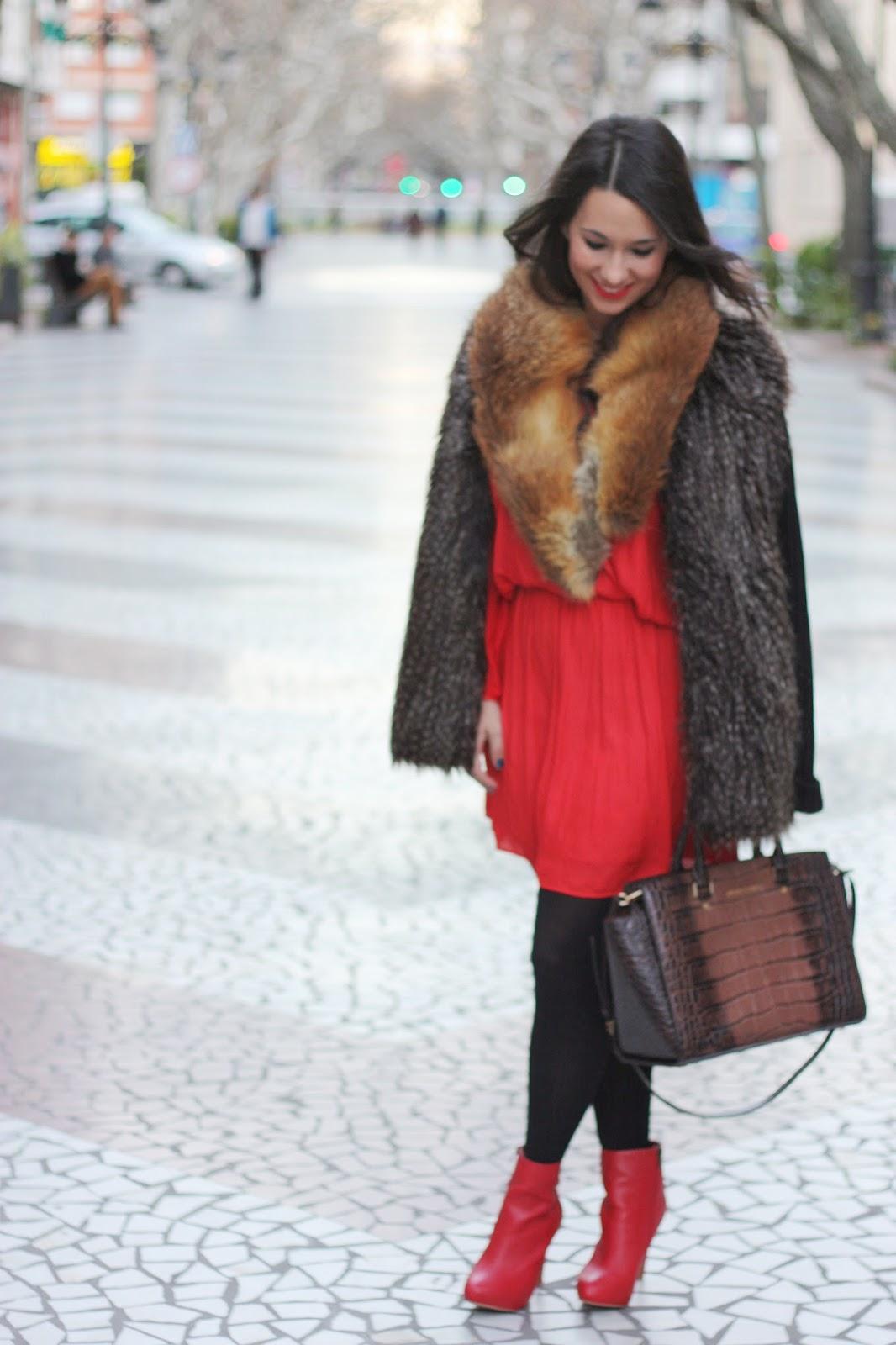 http://silviparalasamigas.blogspot.com.es/2015/02/fox-fur-neck.html