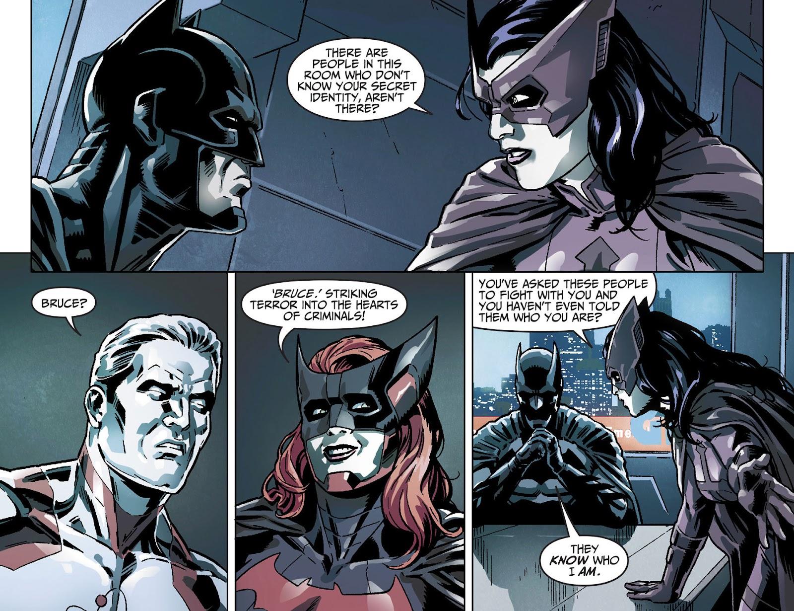 Injustice: Gods Among Us [I] Issue #25 #26 - English 10