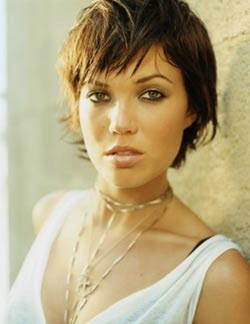 Moddy Hair Pictures: New Short Choppy Bangs Hairstyles