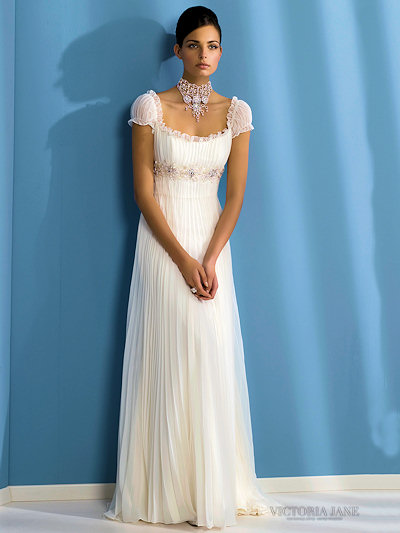 Wedding Dresses Picture: Beautiful White Short-Sleeved Bridal Gowns 2010