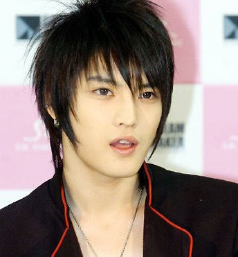 asian male hairstyle:long hairstyle design, straight with bangs