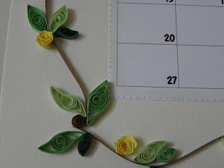 Close up of quilled border