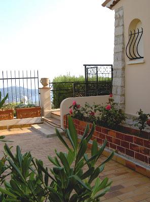 Ma villa villefranche l 39 ext rieur et le jardin - Jardin interieur villefranche ...