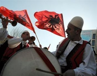 Le Kosovo devient indépendant le 17 février 2008