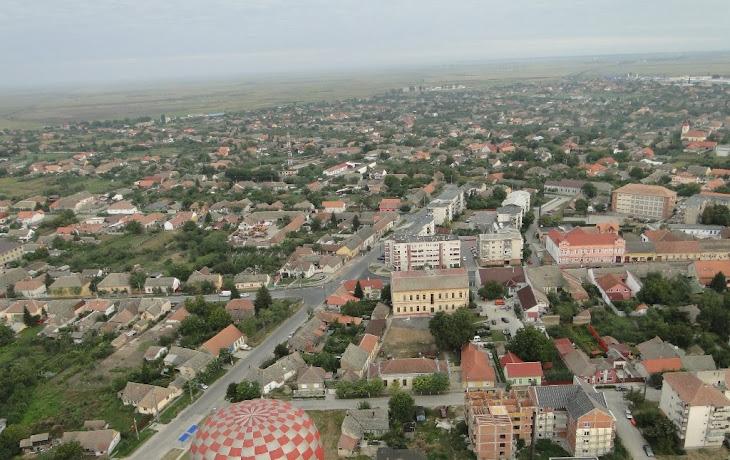Vedere aeriana a orasului