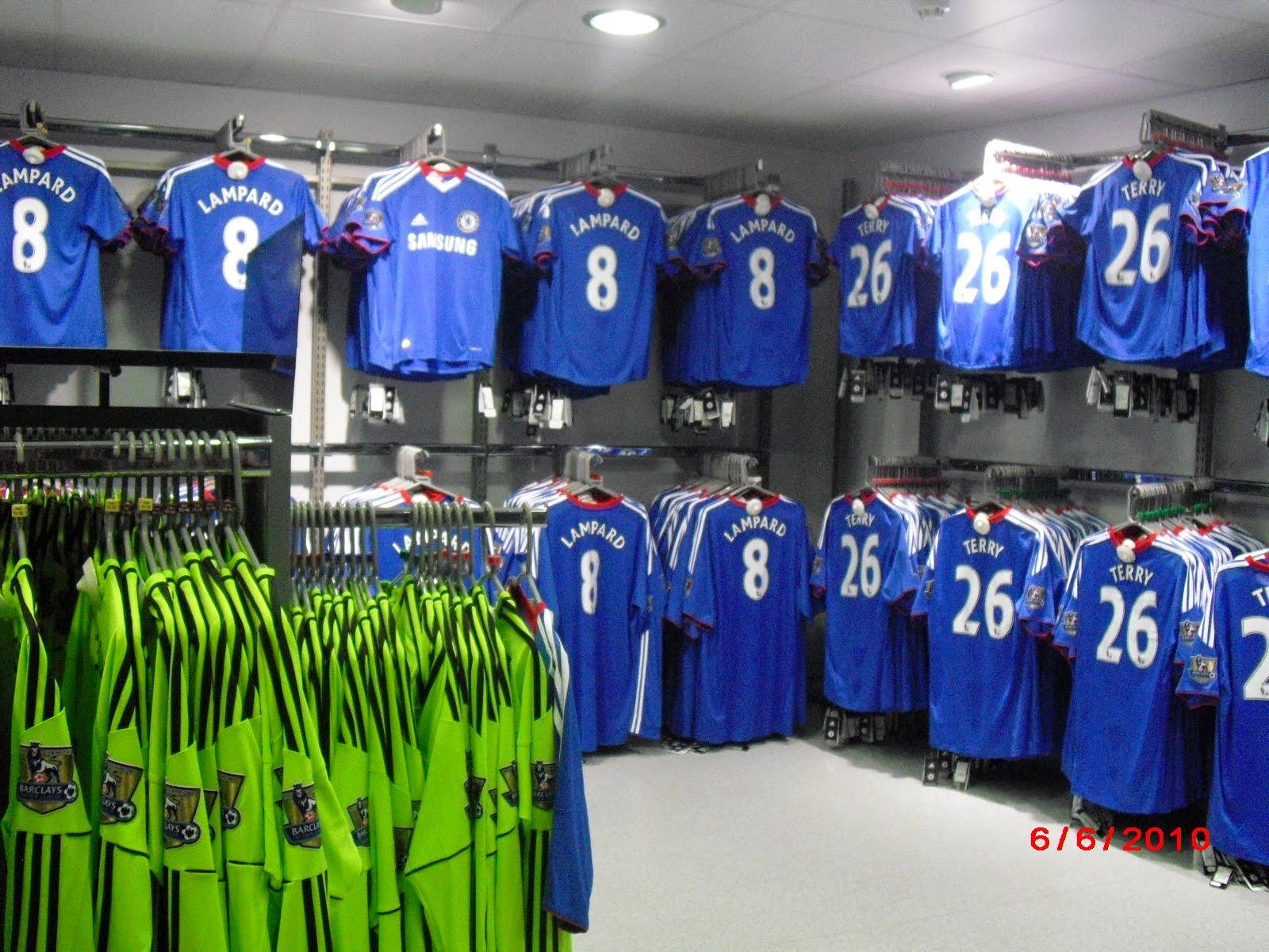 EURO SPORTS  Camiseta Chelsea Temporada 2010 11 Adidas Importada a388435f1a897