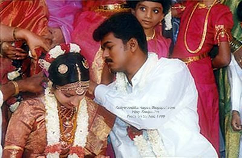vijay family photos images. Vijay, Sangeetha, Sanjay – Family Photos