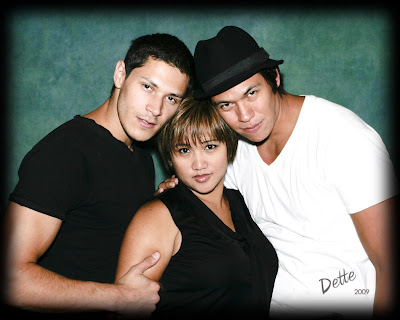 Odette with Alex Meraz and Chaske Spencer at the 2009 Phoenix Twi-Tour Twilight Convention