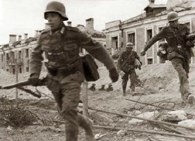 Pictorial history- images of war, history , ww2