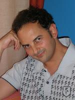 http://2.bp.blogspot.com/_-7qTwJUtan8/SbY-2O3pkGI/AAAAAAAACTA/I0l5szUkF5U/s200/F.jpg