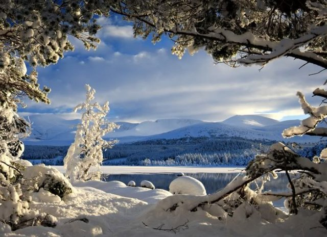 Stunning Winter Mountain Nature Wallpapers | Mountain Nature Wallpapers Seen On www.coolpicturegallery.us