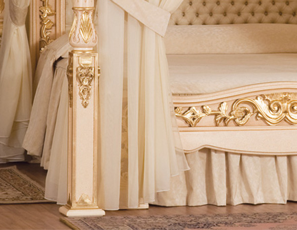 Hand made, the bed has a chestnut wood structure, while other parts were  made of ash wood and cherry wood. Italian silk and cotton decorates the  most ...