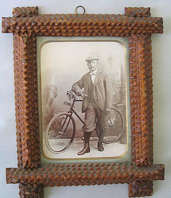 tramp art frames