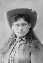Annie Oakley (1860 - 1926)