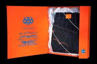 Levi's x 686 Super Nova