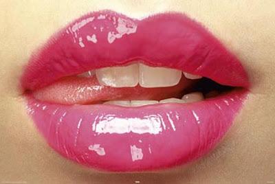 """""""ruj"""",""""çatlamış dudak"""""""