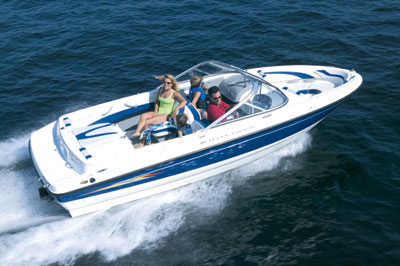 Ahlstrand Marine - Small Pontoon Boats: Gillgetter  Qwest