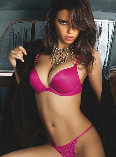 adriana lima. Sunday Eye Candy: Adriana Lima