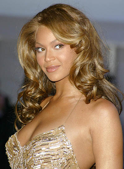 Hairstyle And Fashion Beyonce Hot Singer Wallpapers