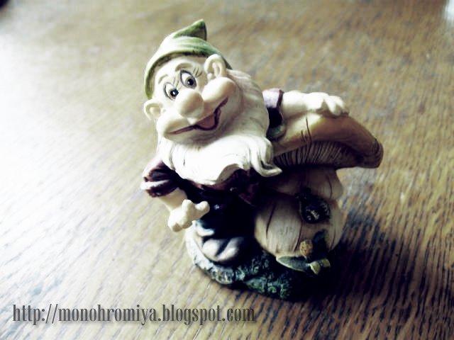 Гном, игрушка, грибок, гриб, сказочный персонаж, сказка