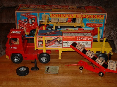 Johnny Express Toy Truck http://nostalgiabarn.blogspot.com/2008/09/test.html