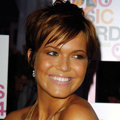 Site Blogspot  Layered Hairstyles Haircuts on Woman And Men Hair Style  Mandy Moore   Short Layered Haircuts In