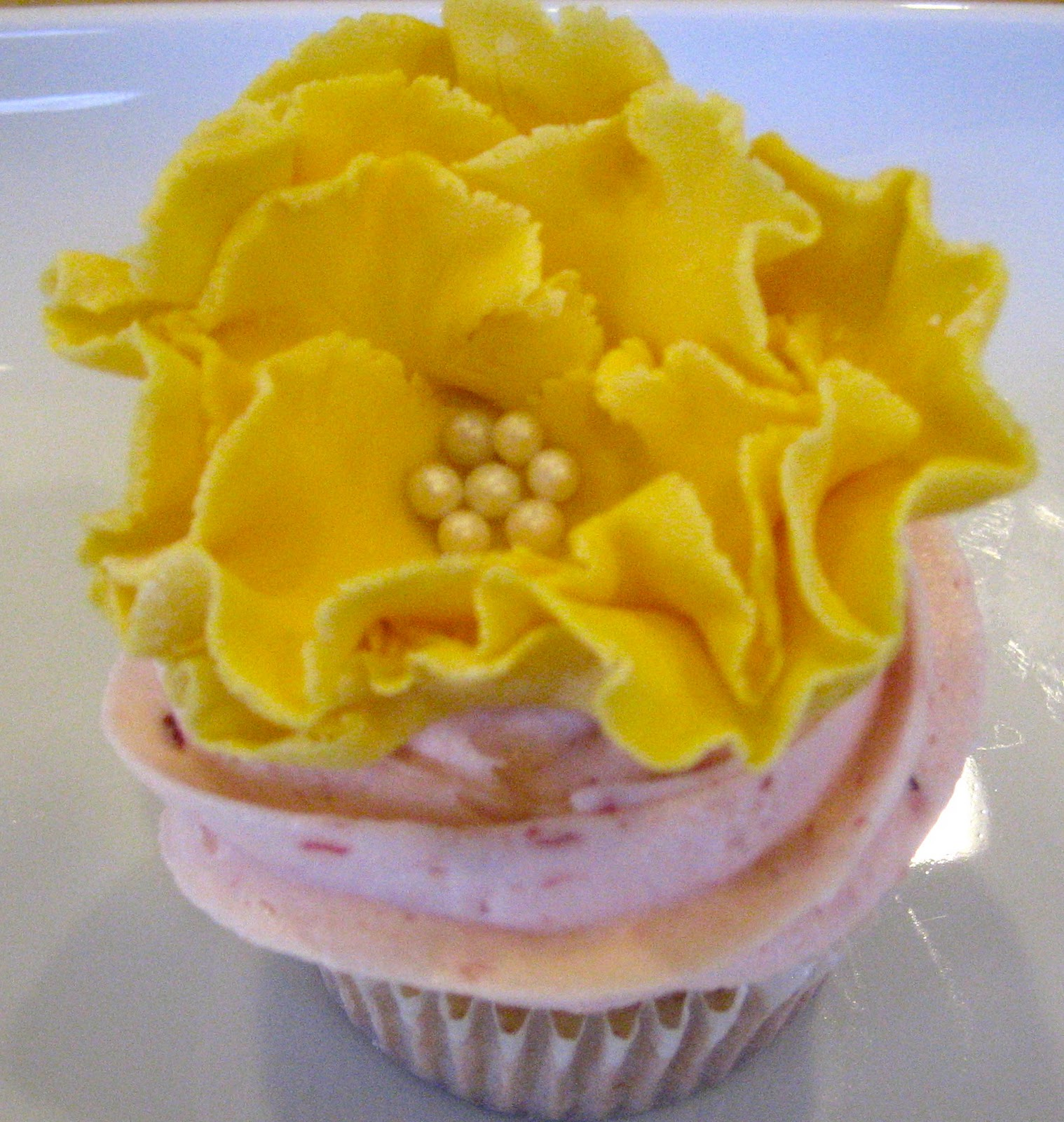 Sift by kara cupcakes and flowers strawberry cupcake with yellow fondant flower mightylinksfo
