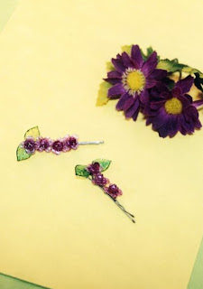 beaded hairpins, DIY beading, flower pins, floral hair pin, floral beads, beaded bobbypins, DIY bobbypins, DIY Hair Accessories
