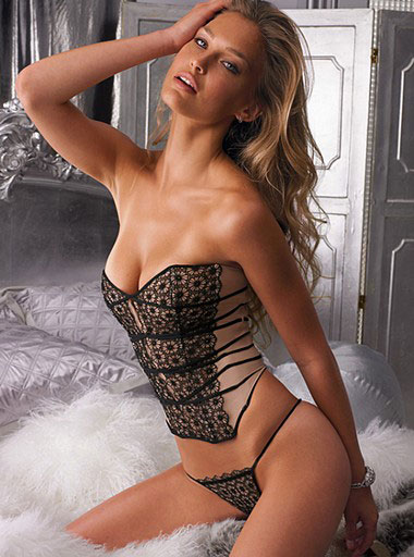 bar refaeli sports illustrated. BAR REFAELI SPORTS ILLUSTRATED