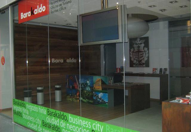 Barakaldo digital la oficina de turismo aparece cerrada for Oficina consumidor barakaldo