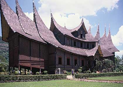 gambar rumah adat indonesia on sahabatarsitektur: Arsitektur Tradisional Indonesia