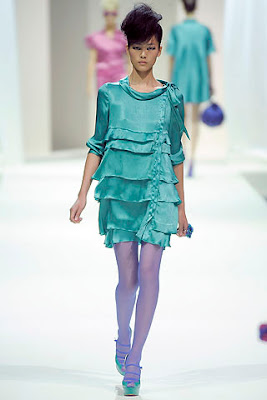 Moschino's-Spring2009-collection-1.jpg
