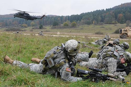 Camos norteamericanos: actuales y los próximos - Página 2 Army-combat-uniform-ucp