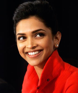 Deepika Padukone promotes Force India