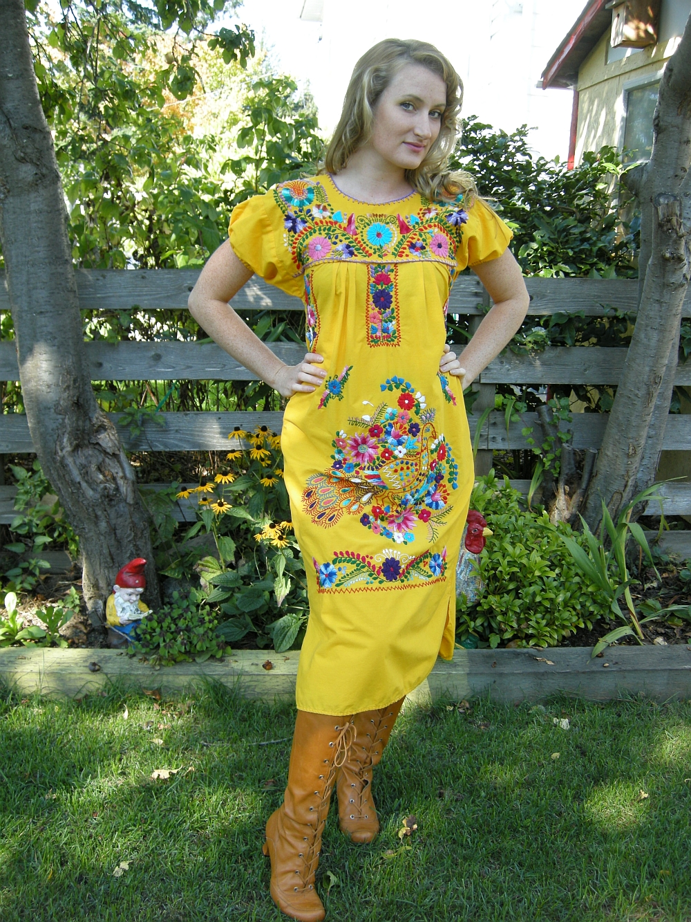 LaMariposa Mexican Imports - Folk Art, Mexican Dresses, Blouses