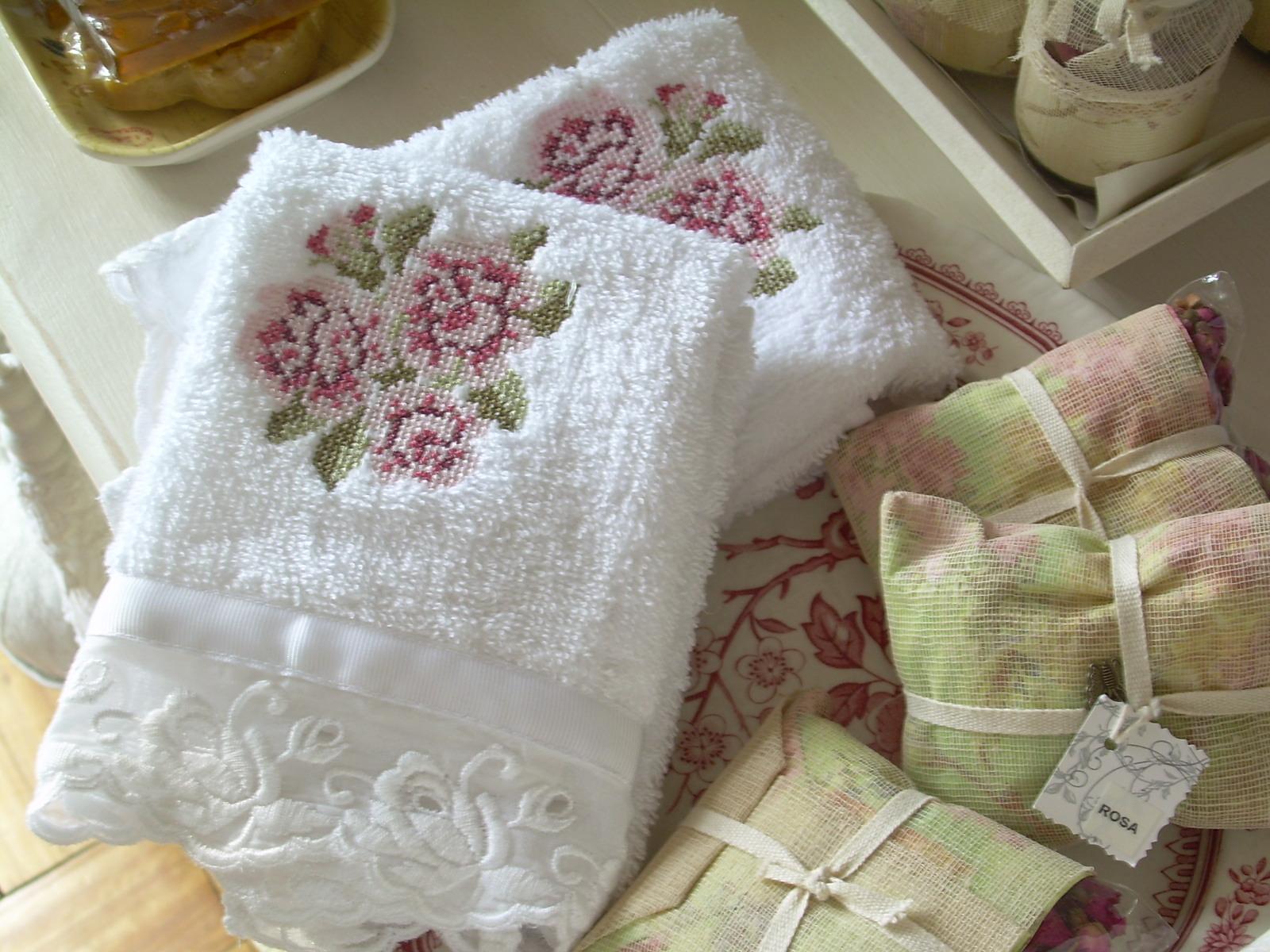 Cortinas De Baño Bordadas: : muebles para el baño – cortinas de baño y toallas bordadas