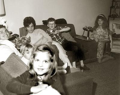 люди шестидесятых, ретро фото, старые семейные фотографии
