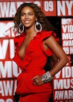 Beyonce MTV VMA Red Dress