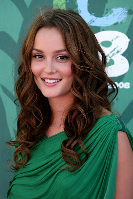 Simple Long Curly Hairstyles