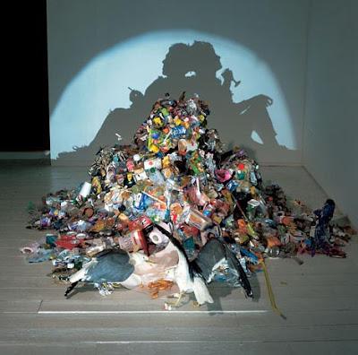 Escultura Com Lixo 1