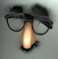 Óculos Nariz e Bigode