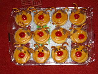 Rudolph the Reindeer Cup Cakes